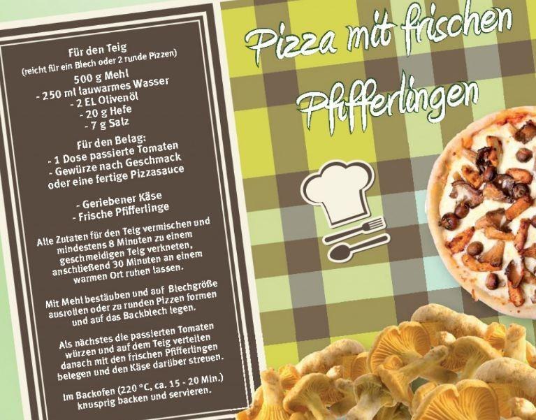 Pizza mit frischen Pfifferlingen